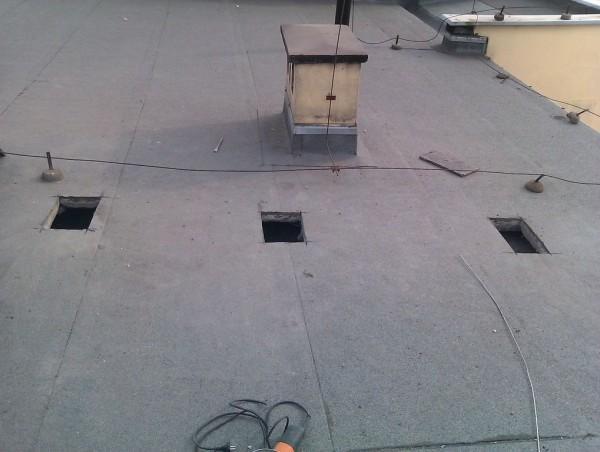 dach na budynku
